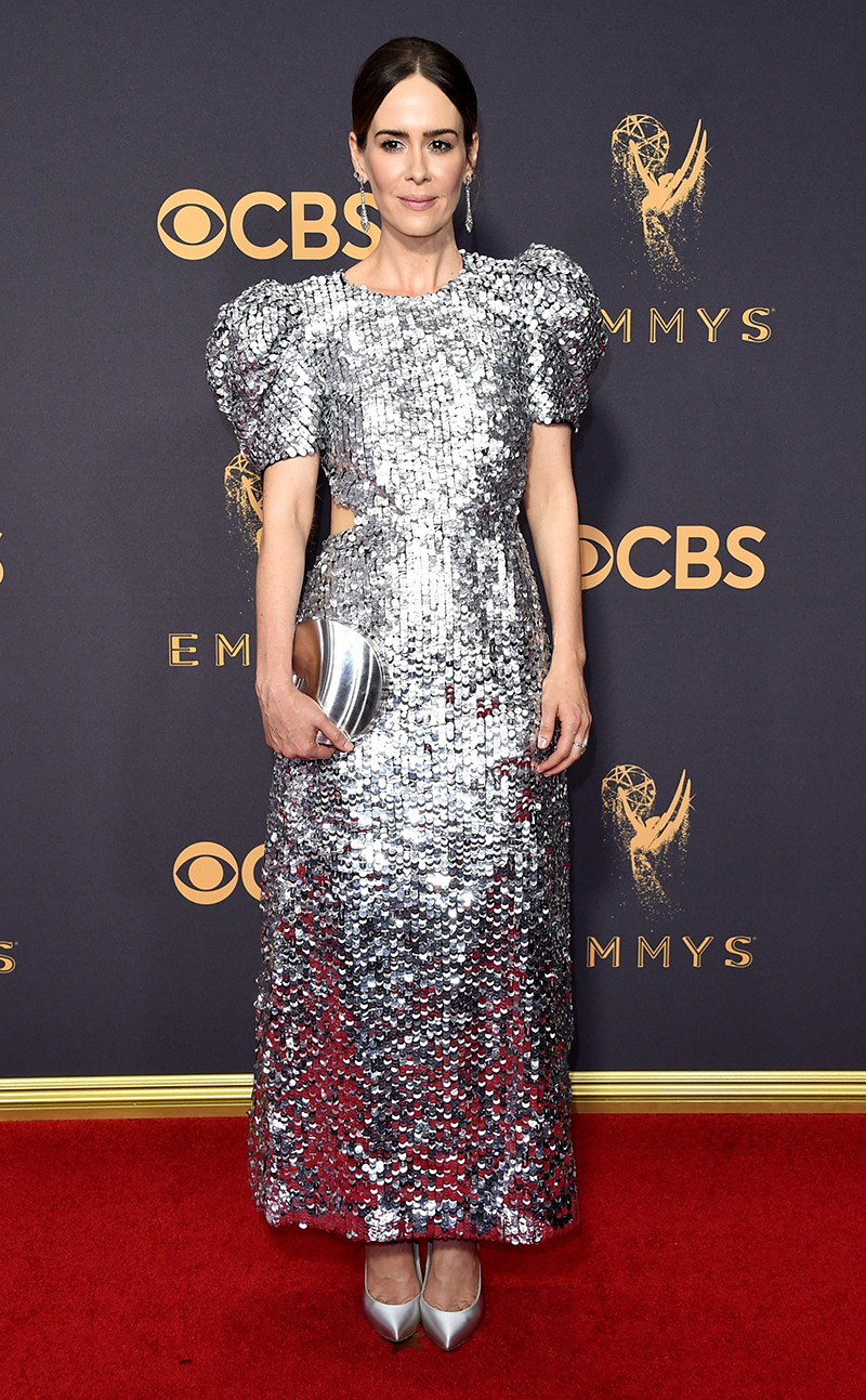 sarah paulson emmy dress carolina herrera