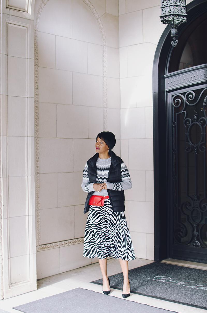 zebra pleated skirt black vest