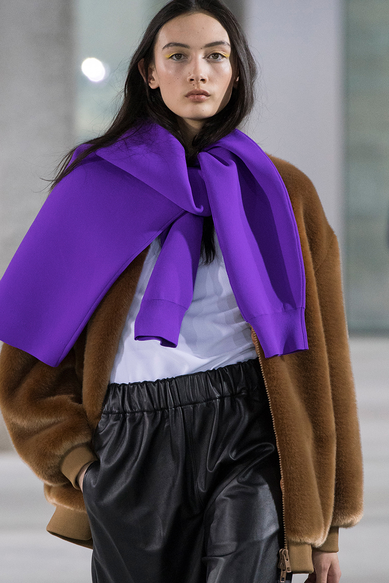 tibi fall 2018 sweater as scarf