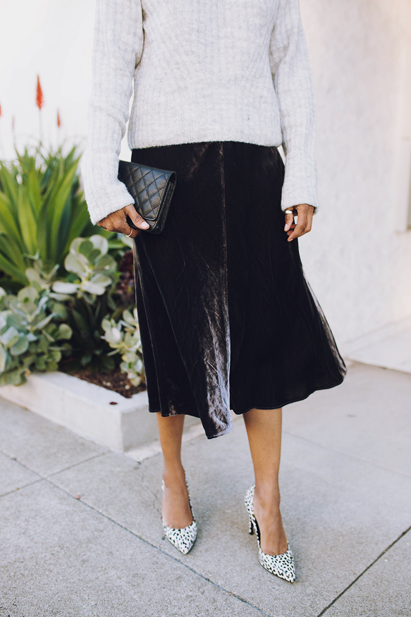 eileen fisher charcoal velvet midi skirt leopard print pumps