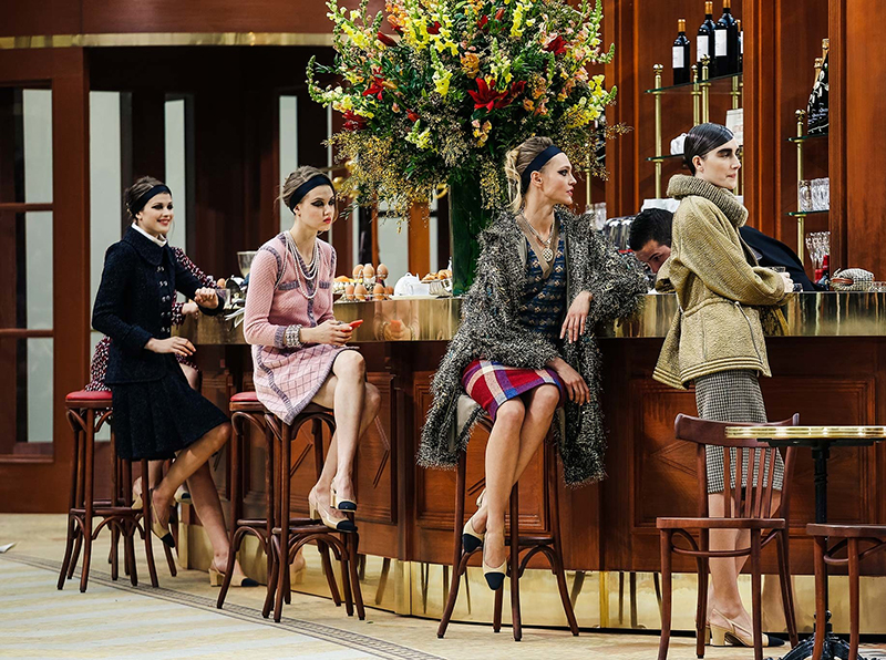 chanel fall 2015 runway show brasserie sasha pivovarova